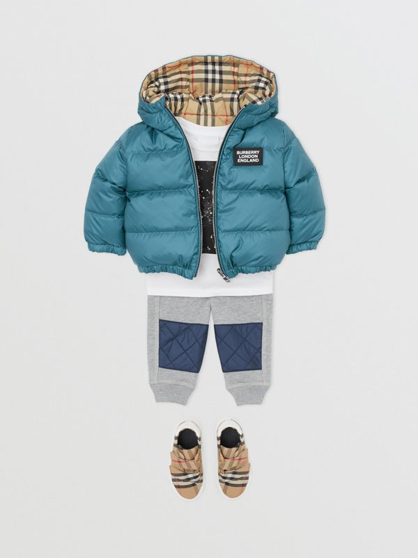Reversible Vintage Check Down-filled Puffer Jacket in Dusty Blue - Children | Burberry - cell image 3