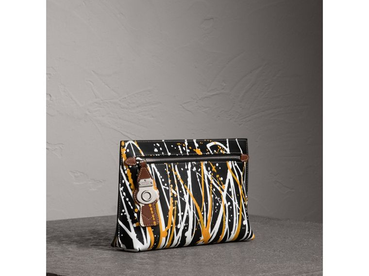 Splash Trench Leather Pouch in Black/tan - Women | Burberry - cell image 4