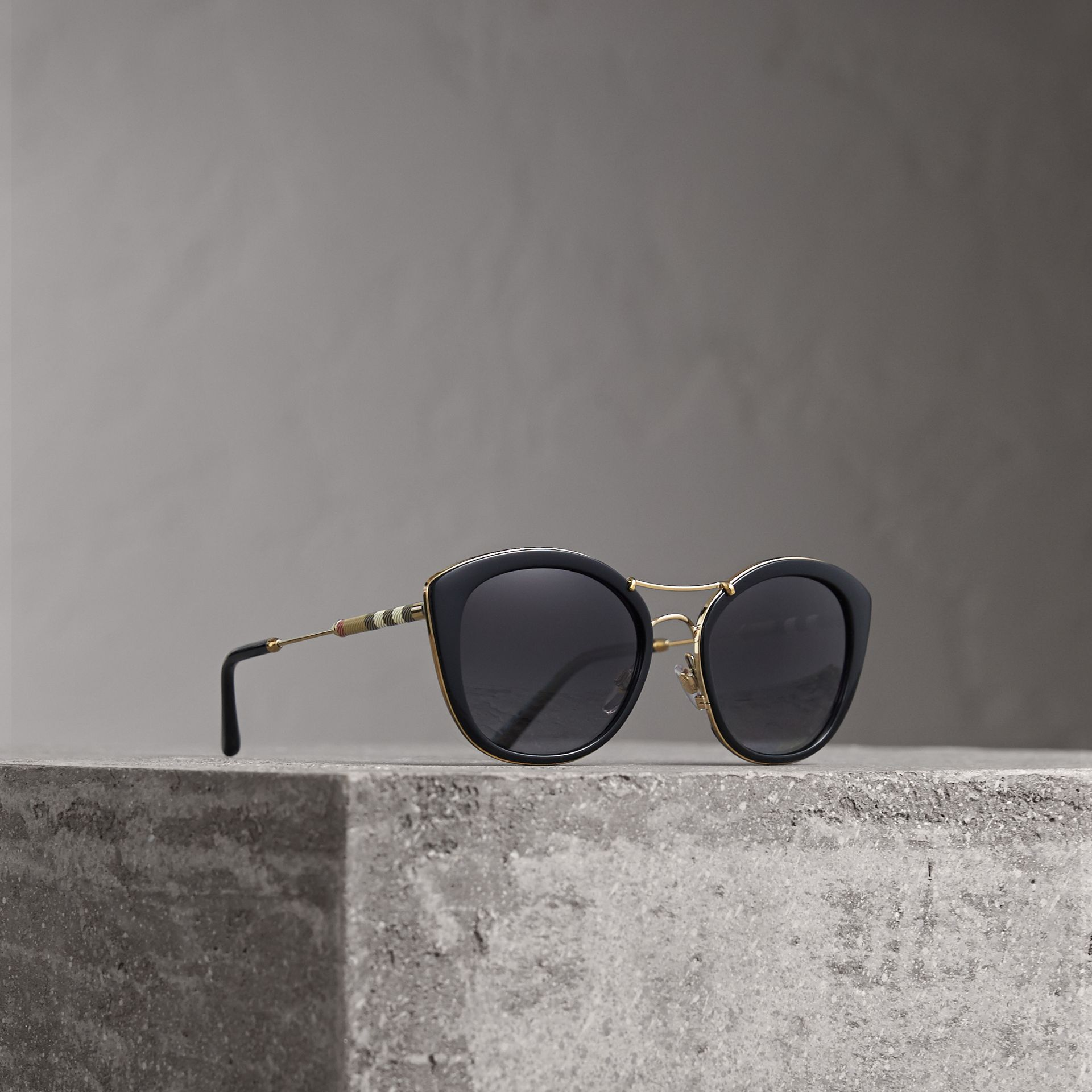 Check Detail Round Frame Sunglasses in Black - Women | Burberry Singapore - gallery image 0