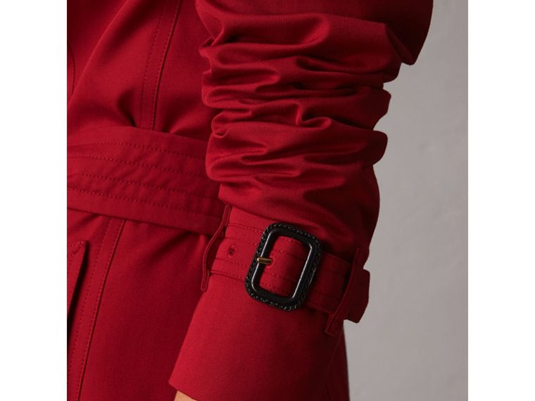 The Chelsea – Mid-length Trench Coat in Parade Red - Women | Burberry - cell image 4