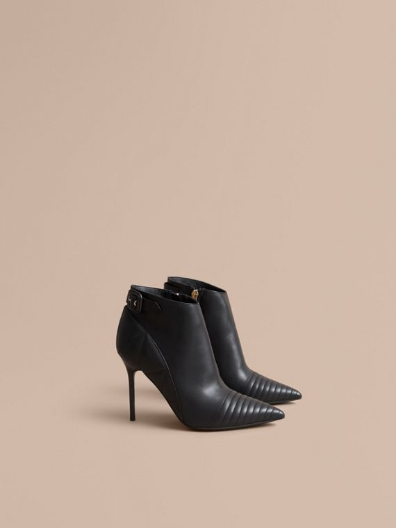 Bottines en cuir matelassé