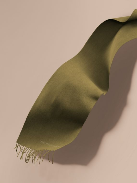 The Classic Cashmere Scarf in Olive Green