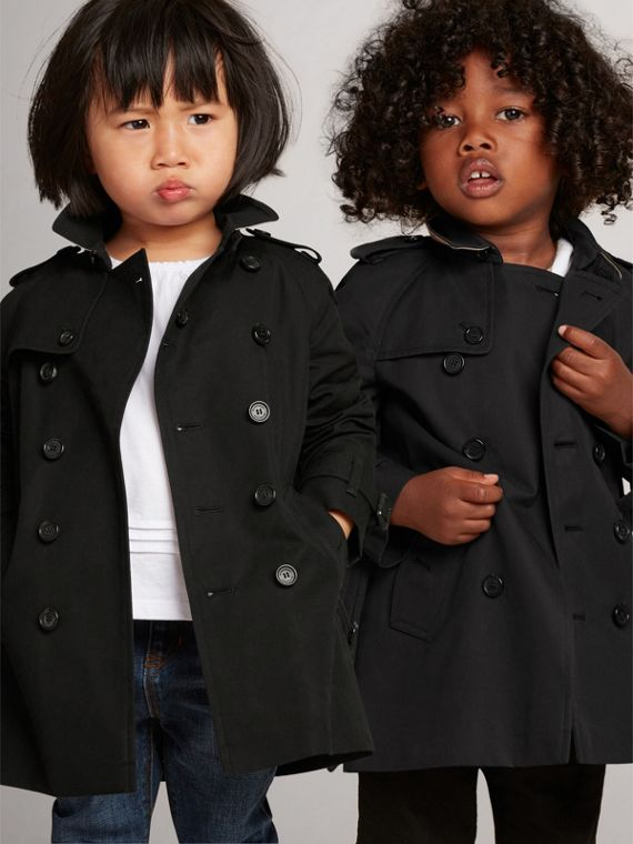 The Wiltshire Trench Coat in Black