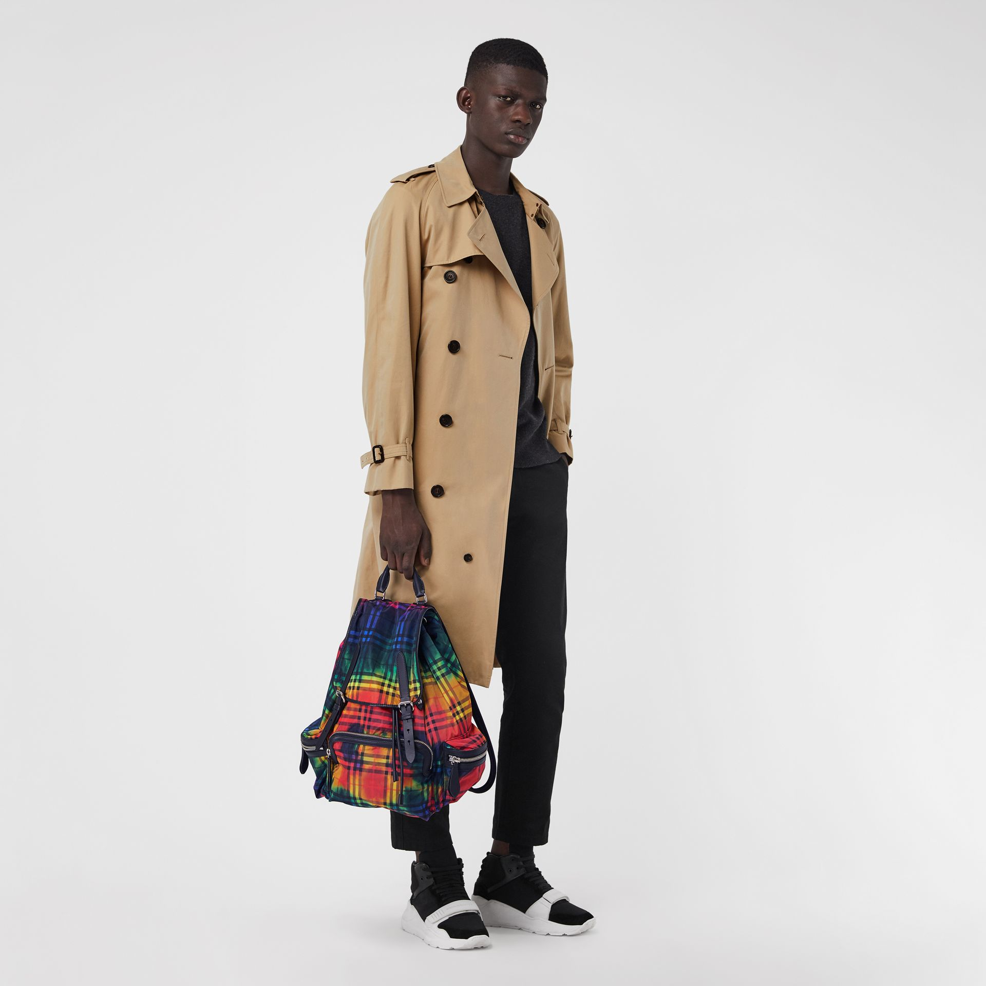 The Large Rucksack in Tie-dye Vintage Check in Multicolour | Burberry Singapore - gallery image 2