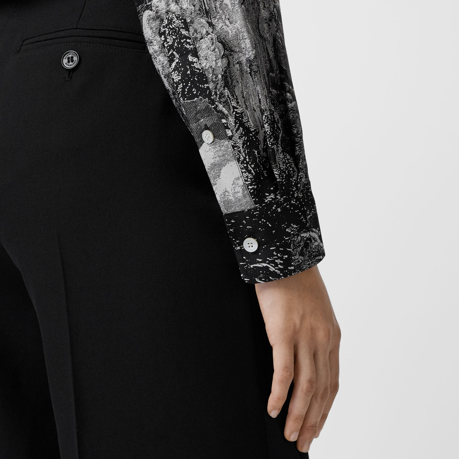 Dreamscape Print Silk Longline Shirt in Black - Women | Burberry Canada - gallery image 4