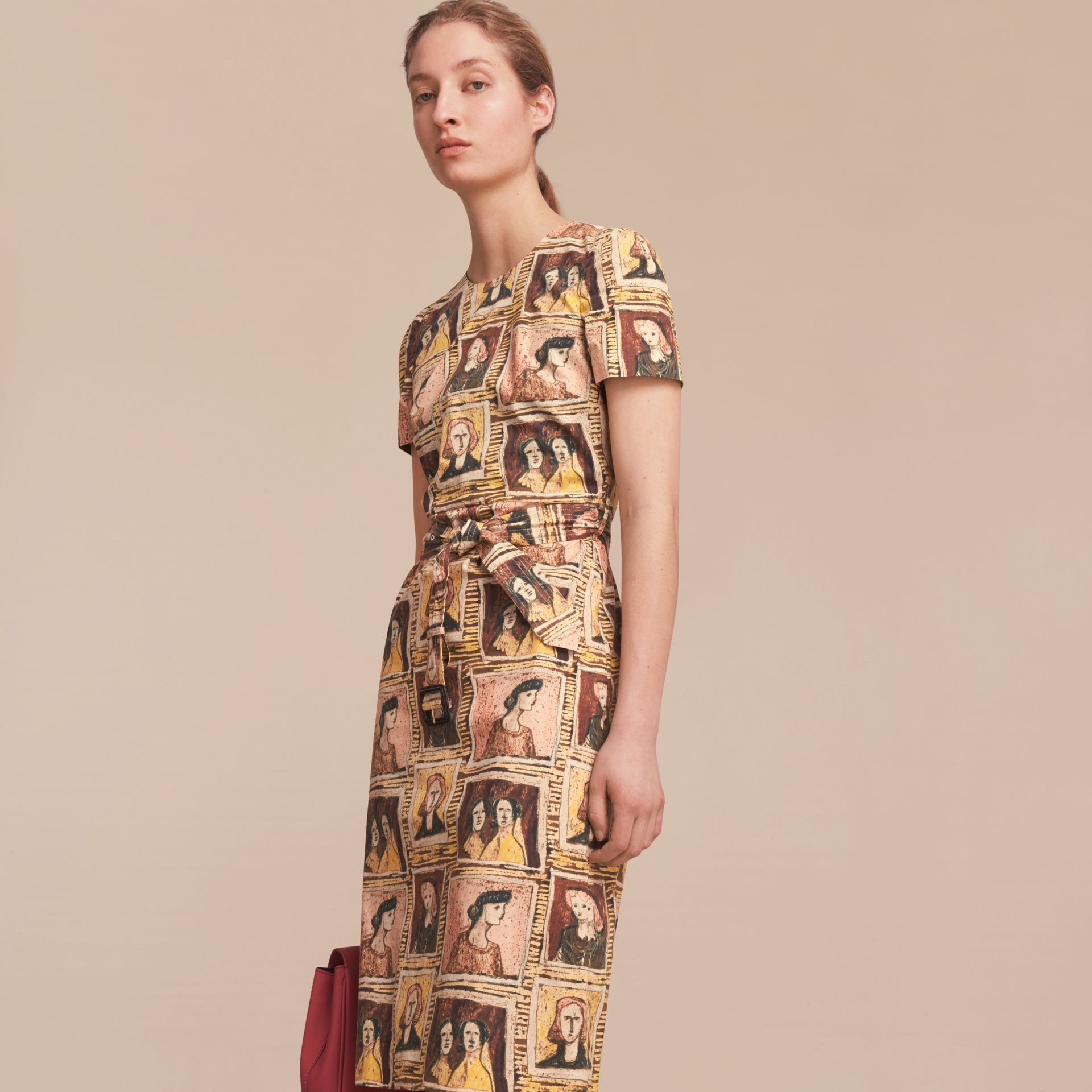 Framed Heads Print Cotton Shift Dress in Umber Brown - Women | Burberry - gallery image 6