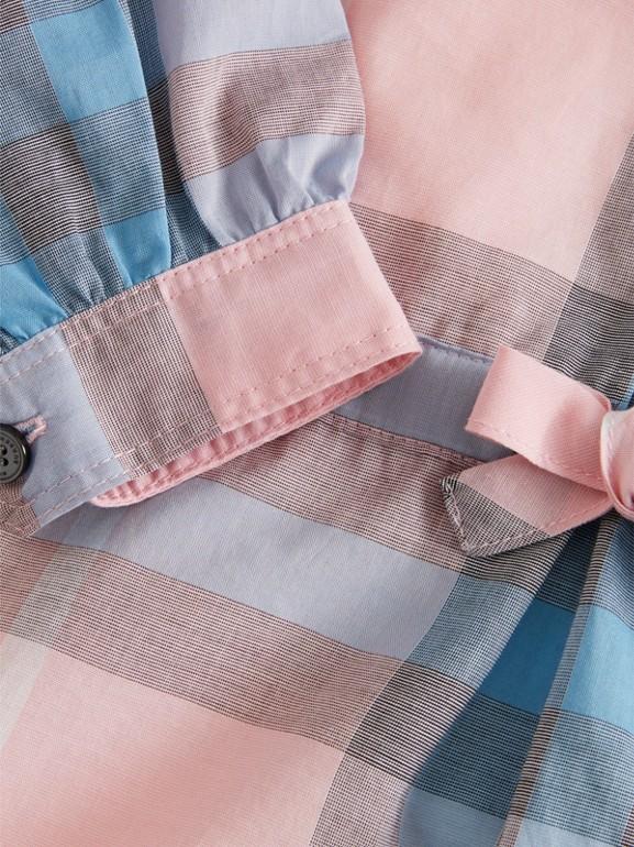 Vestido estilo camisa de algodão com estampa xadrez (Rosa Gelo) | Burberry - cell image 1