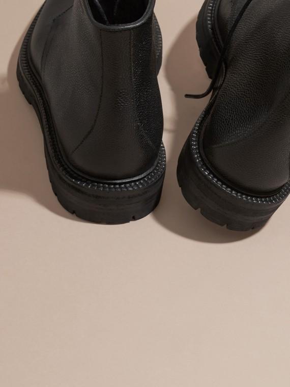 Preto Botas de couro granulado com cadarço Preto - cell image 3