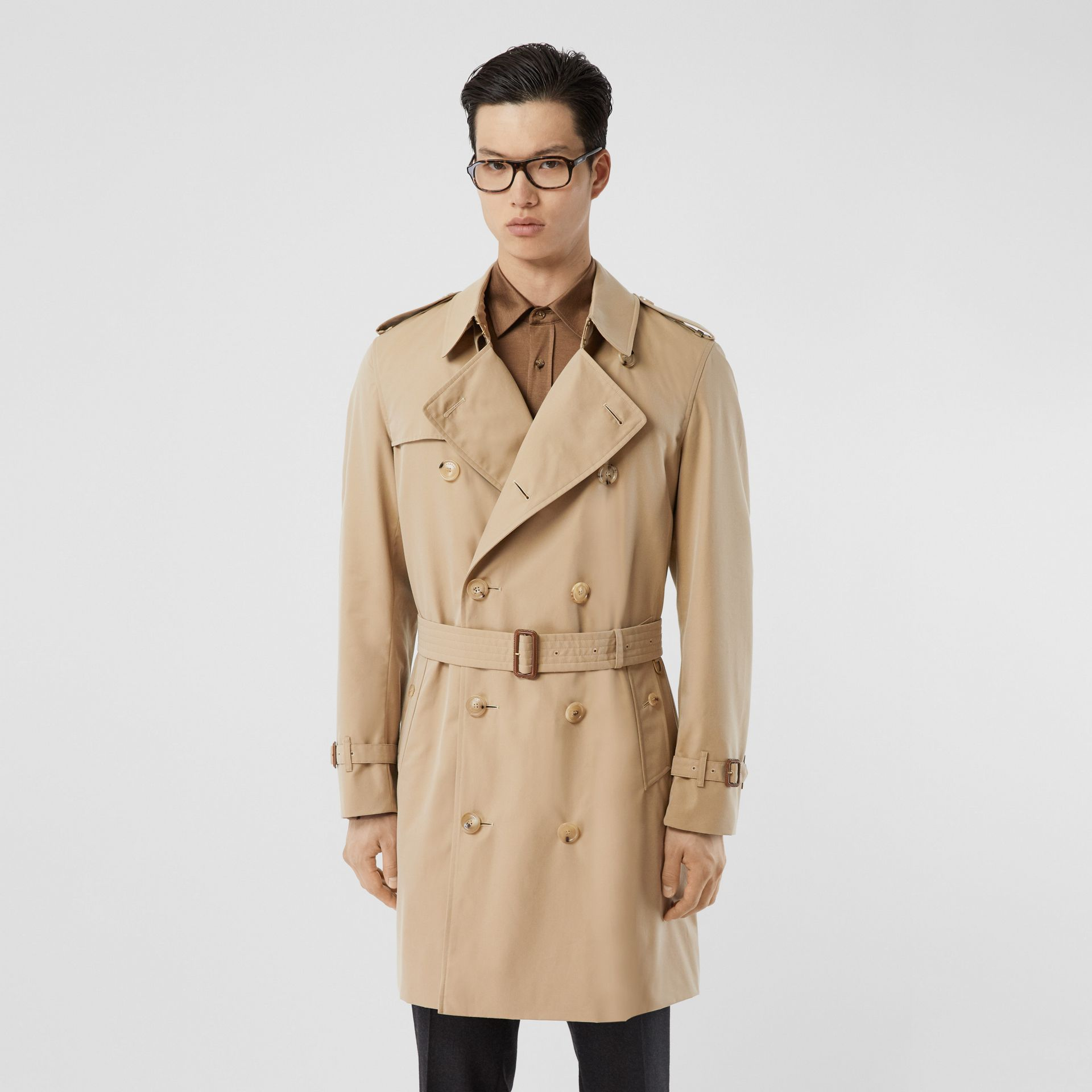 The Mid-length Chelsea Heritage Trench Coat in Honey - Men | Burberry Australia - gallery image 0