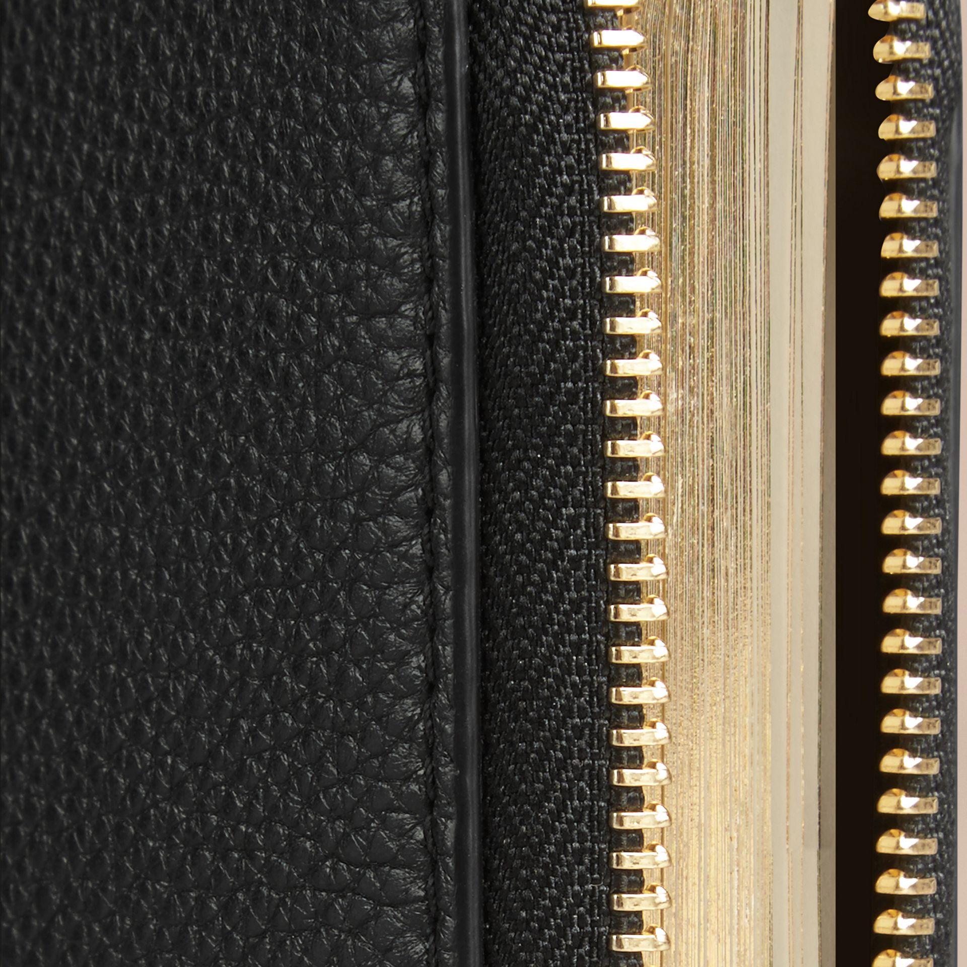Ziparound Grainy Leather Mini Notebook in Black | Burberry - gallery image 2
