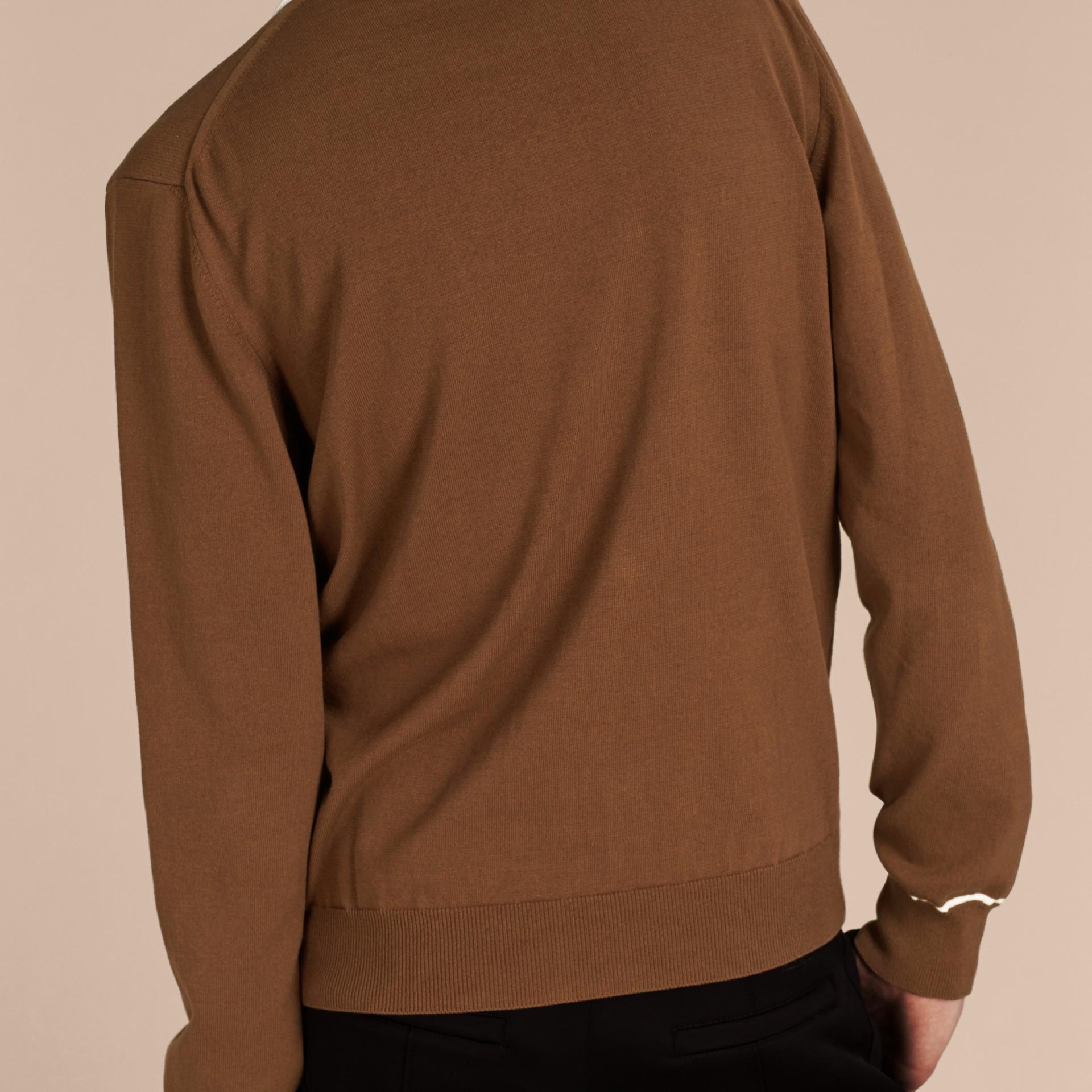 Marrone ocra Cardigan in cotone tecnico con bordi a contrasto Marrone Ocra - immagine della galleria 2