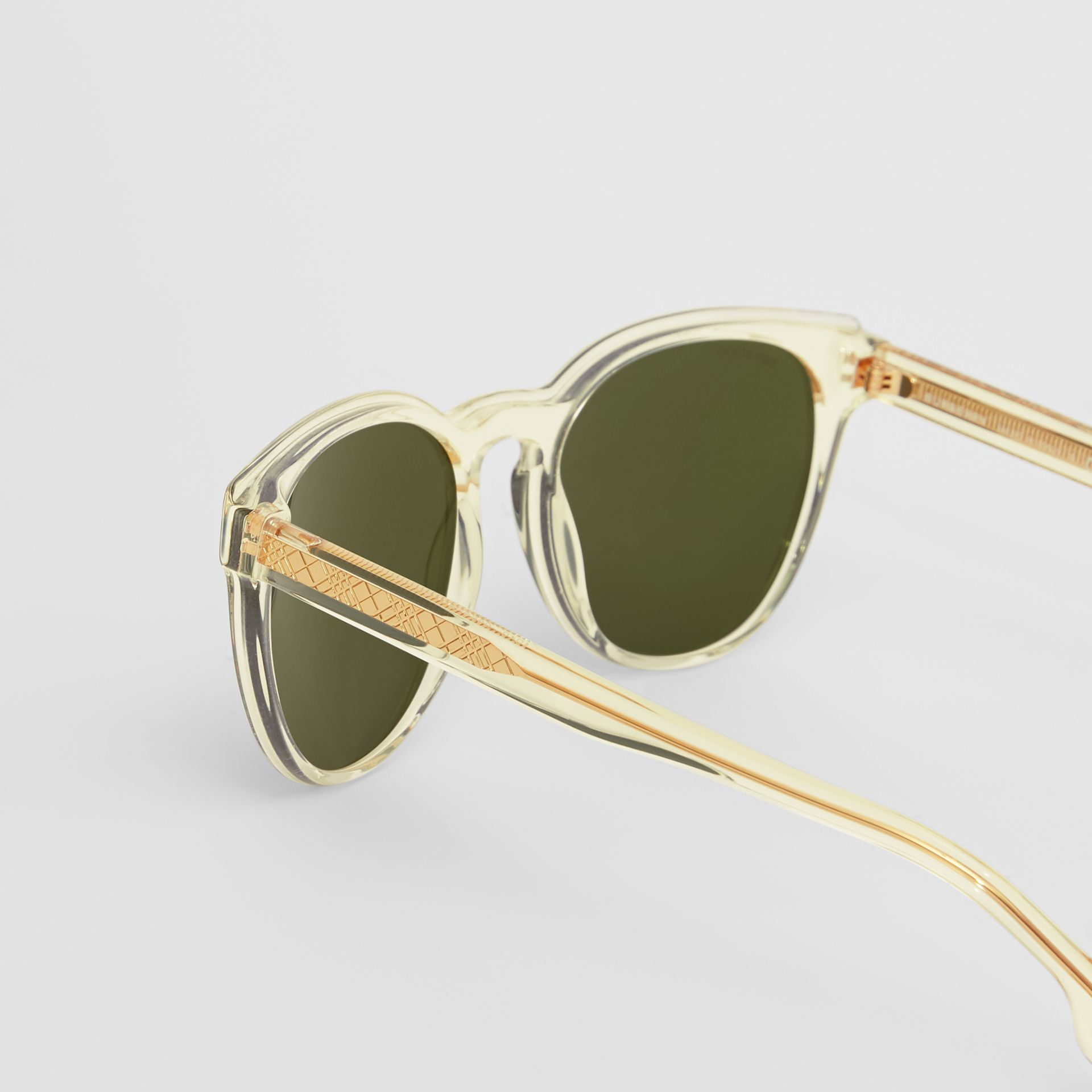 Round Frame Sunglasses in Pale Yellow - Men | Burberry Australia - gallery image 1