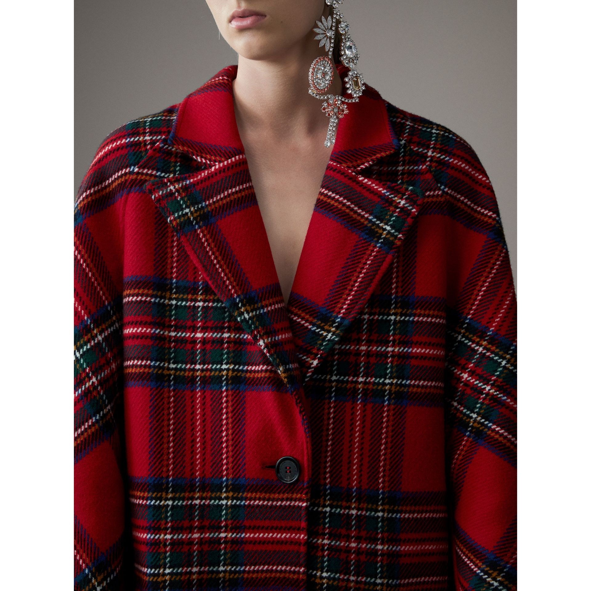 Tartan Double-faced Wool Cashmere Oversized Coat in Bright Red/dark Grey - Women | Burberry Singapore - gallery image 1