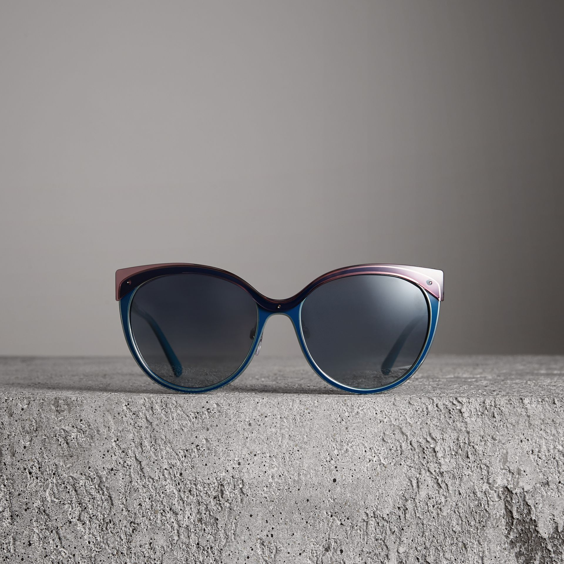 Two-tone Cat-eye Frame Sunglasses in Violet Blue - Women | Burberry Canada - gallery image 3