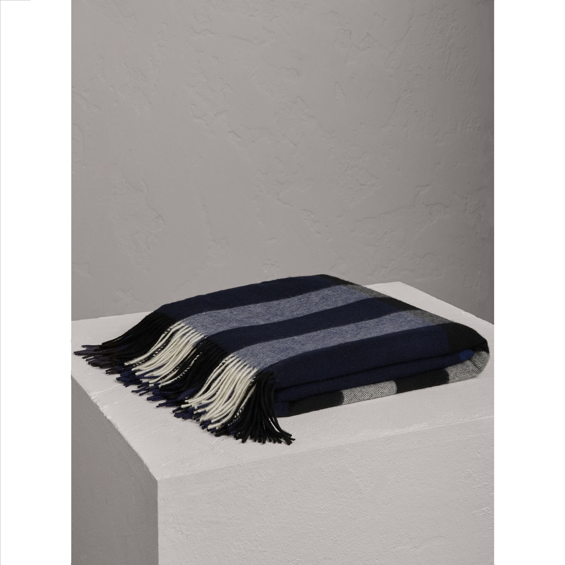 Check Cashmere Blanket in Indigo Blue | Burberry - gallery image 1