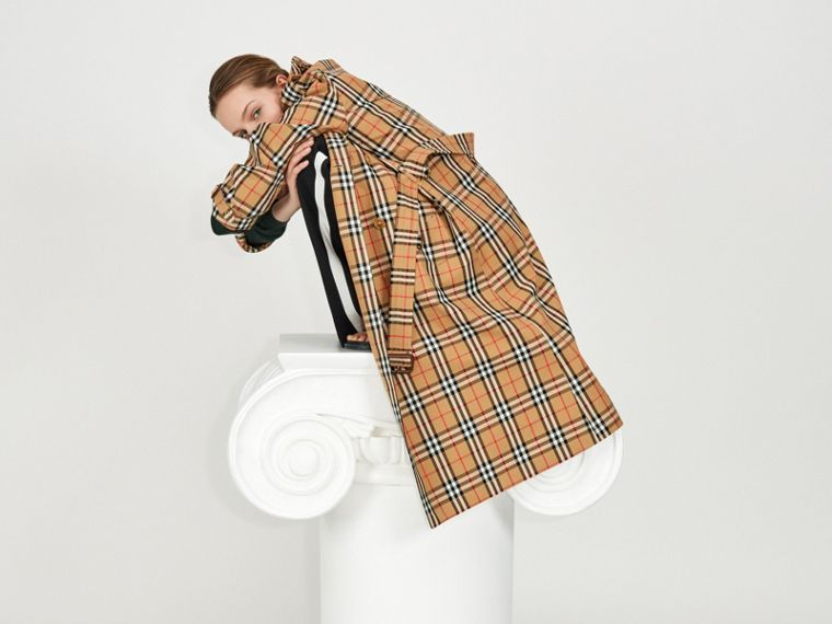 Vintage Check Cotton Trench Coat in Antique Yellow - Women | Burberry - cell image 4