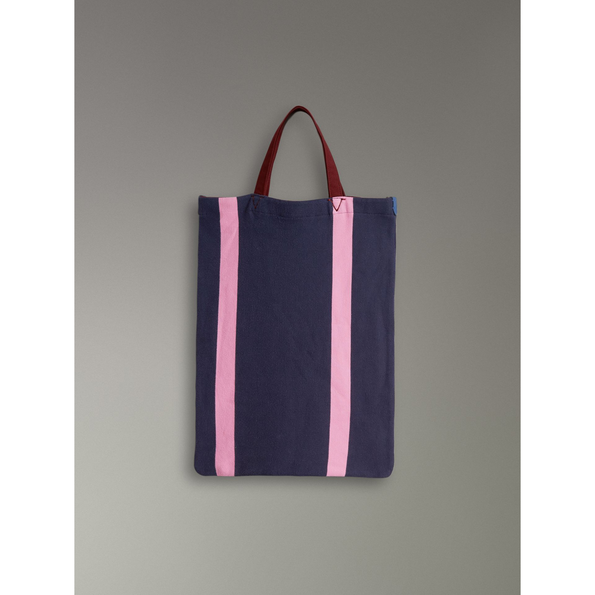 Medium Archive Logo Jersey Shopper in Navy/rose Pink | Burberry Australia - gallery image 5