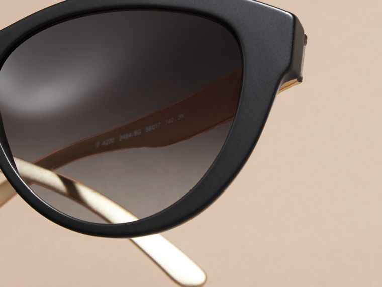Black 3D Check Cat-eye Sunglasses Black - cell image 1