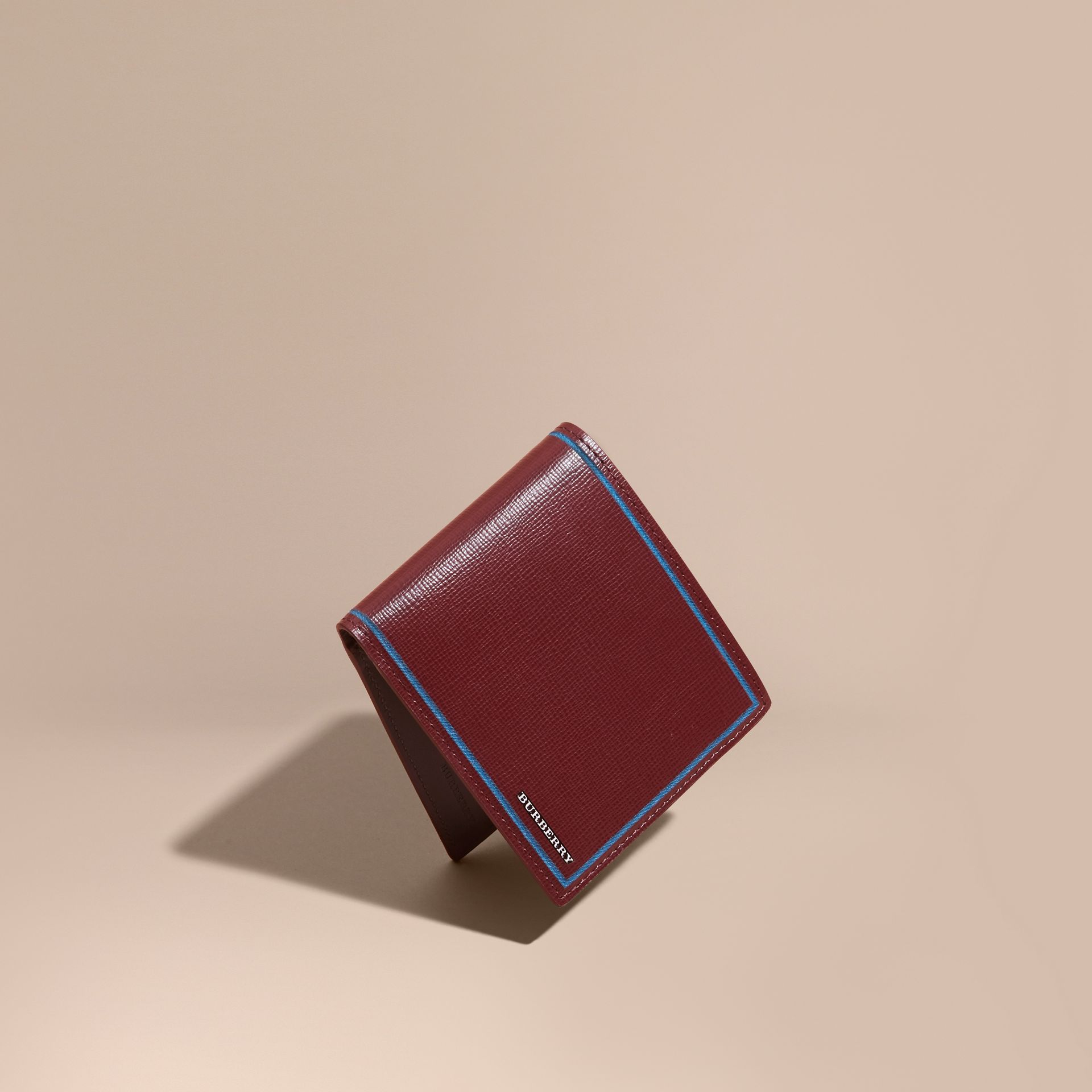 Burgundy red Border Detail London Leather Folding Wallet Burgundy Red - gallery image 1