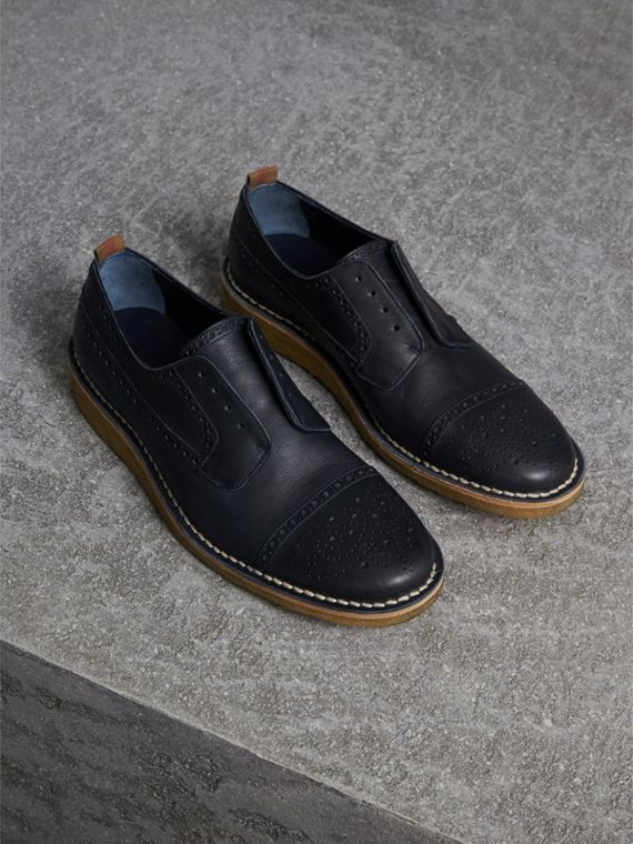Raised Toe-cap Nappa Leather Brogues in Navy