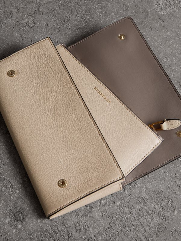 Two-tone Leather Continental Wallet in Limestone - Women | Burberry United States - cell image 3