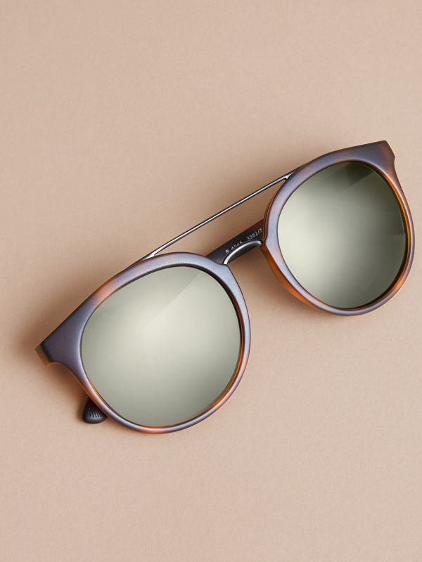 Top Bar Round Frame Sunglasses in Brown | Burberry - cell image 2