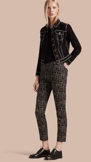 Pantalon en laine et coton à motif check abstrait