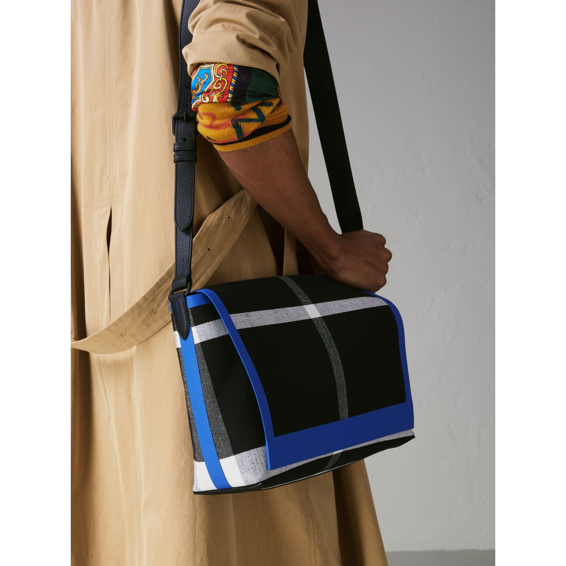 Medium Leather Trim Check Messenger Bag in Blueberry/black | Burberry Singapore - gallery image 3
