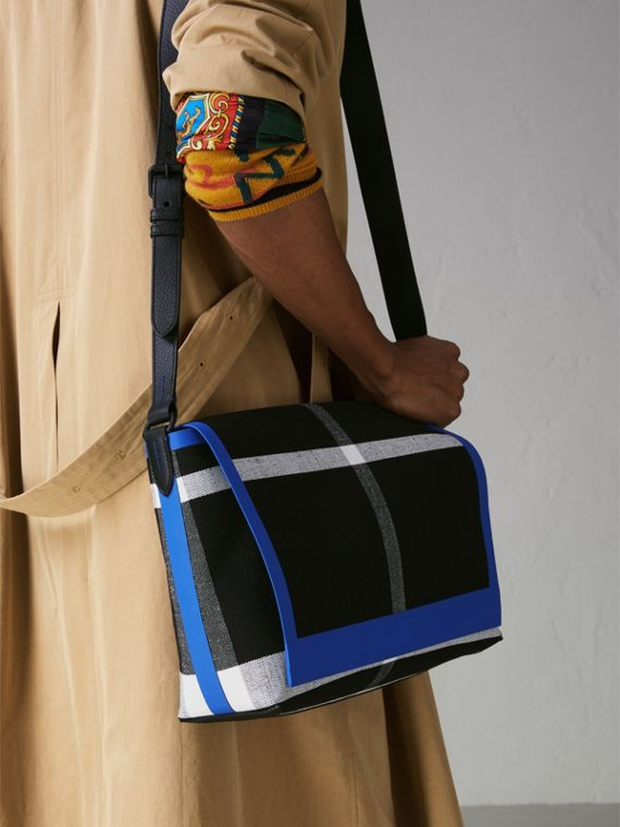 Medium Leather Trim Check Messenger Bag in Blueberry/black | Burberry Singapore - cell image 3