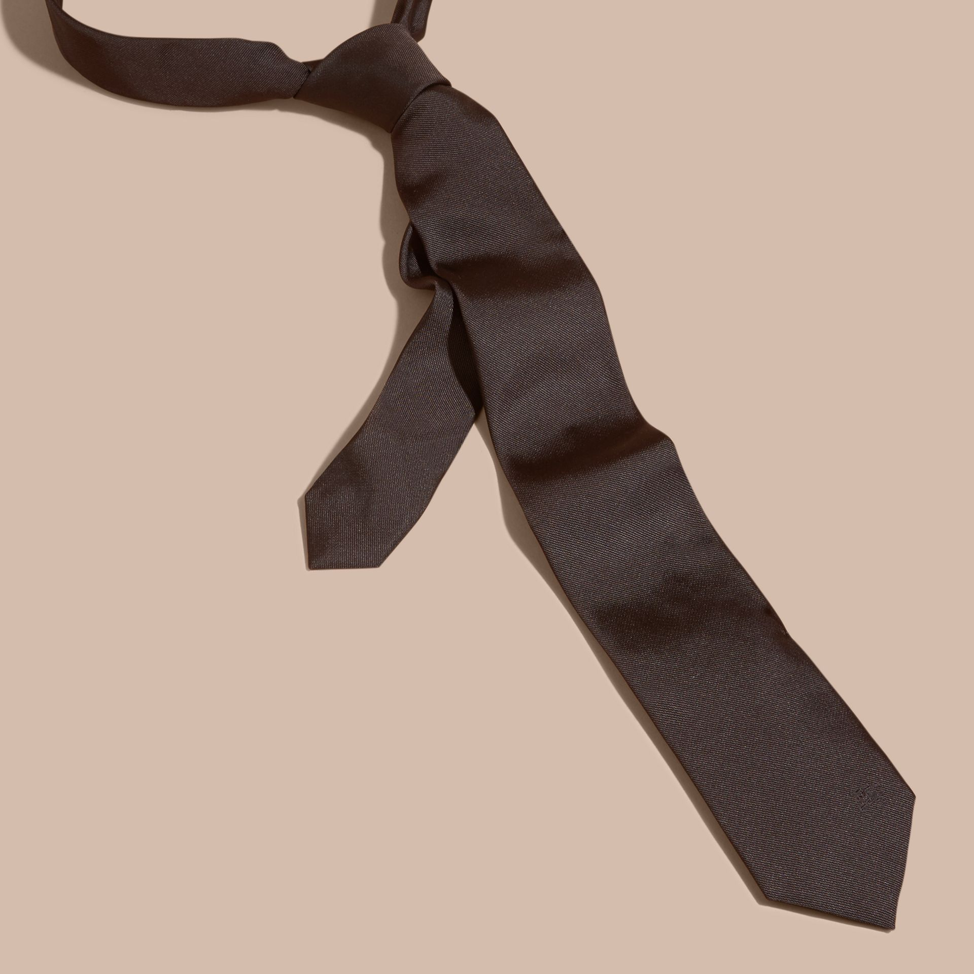 Charcoal Modern Cut Silk Twill Tie Charcoal - gallery image 4