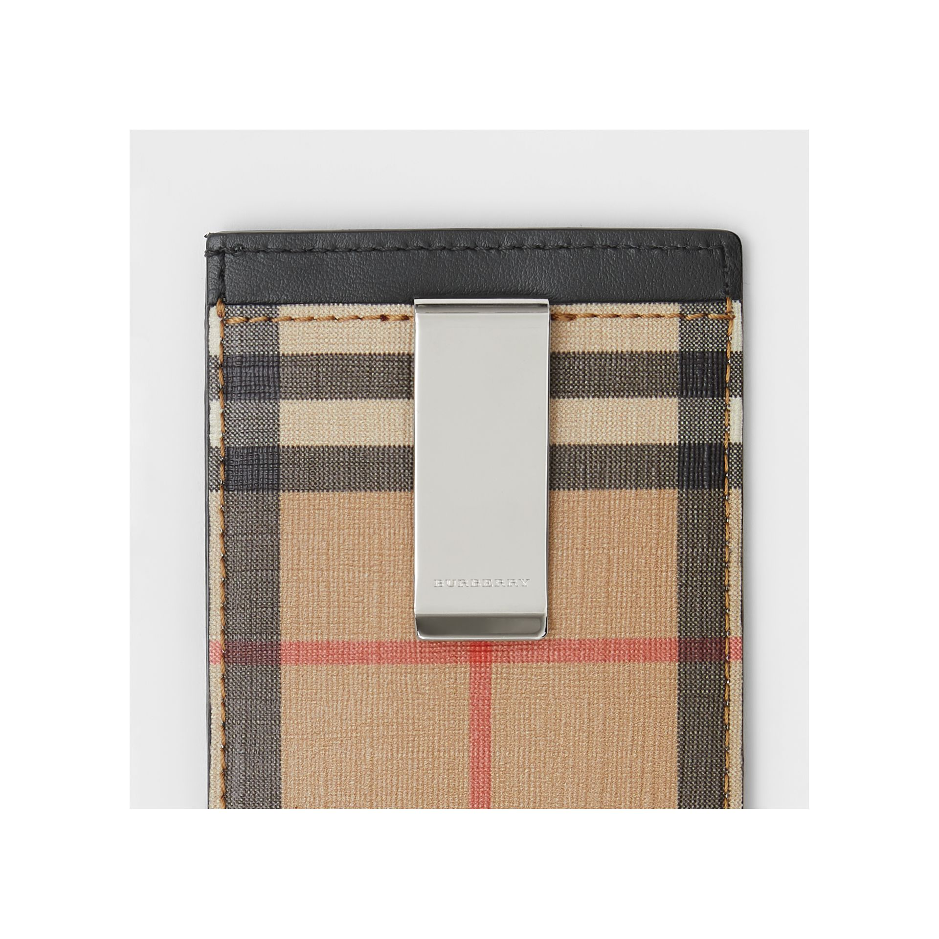 Vintage Check and Leather Money Clip Card Case in Archive Beige - Men | Burberry Canada - gallery image 1