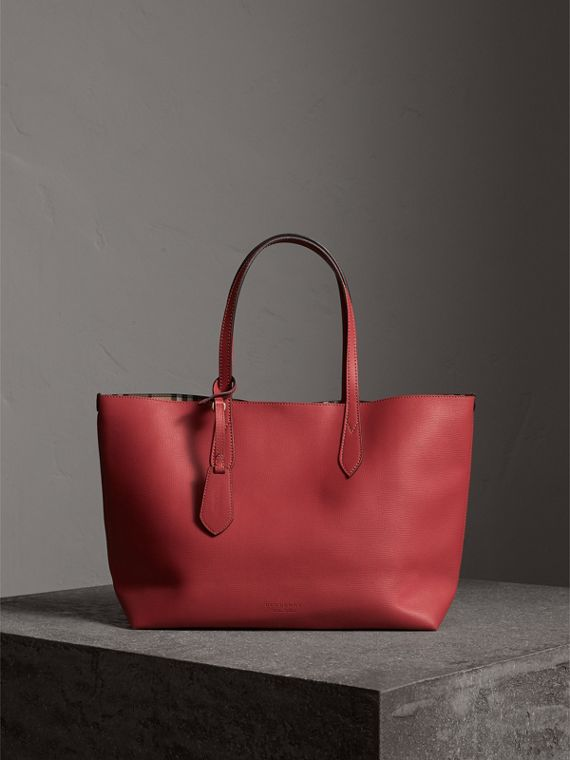 The Medium Reversible Tote in Haymarket Check and Leather in Coral Red