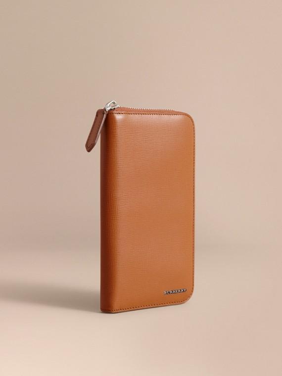 Brieftasche aus London-Leder mit umlaufendem Reißverschluss Hellbraun