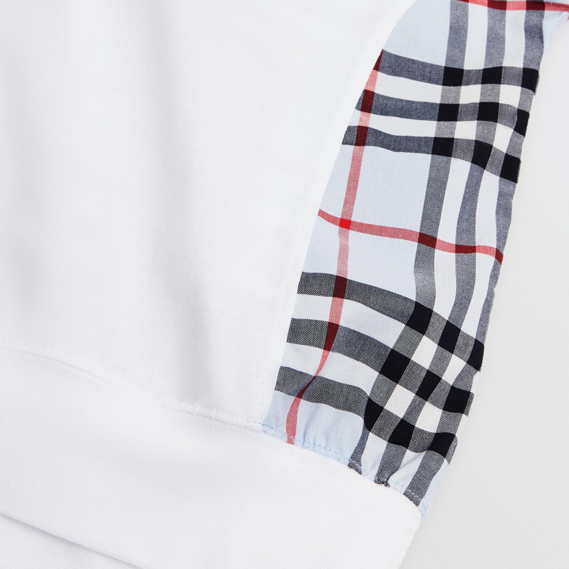 Blusa de algodão com recorte xadrez (Branco) | Burberry - galeria de imagens 1