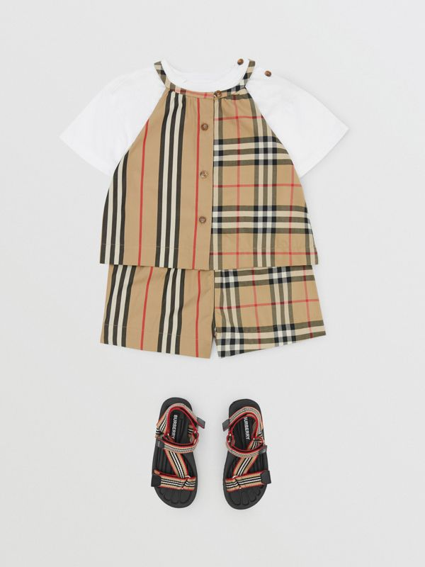 Vintage Check and Icon Stripe Cotton Playsuit in Archive Beige - Children | Burberry - cell image 2