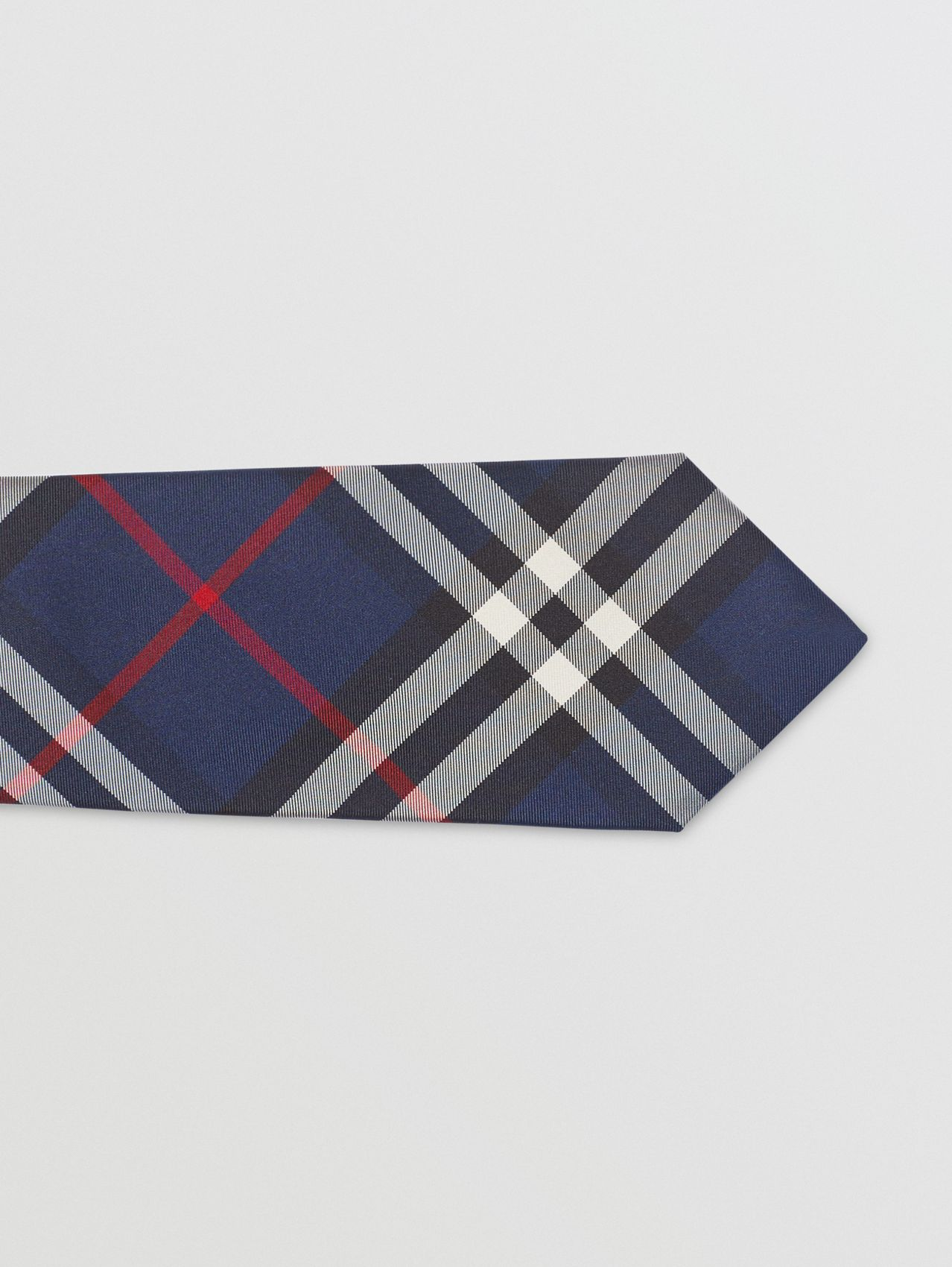 Modern Cut Vintage Check Silk Tie in Navy