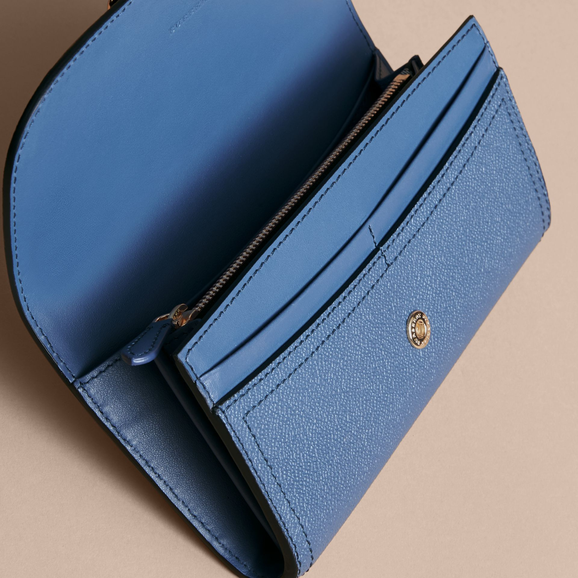 Textured Leather Continental Wallet in Steel Blue - Women | Burberry Singapore - gallery image 4