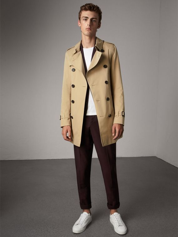 The Sandringham – Mid-length Heritage Trench Coat in Honey - Men | Burberry Hong Kong