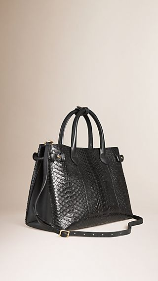 Sac The Banner medium en python