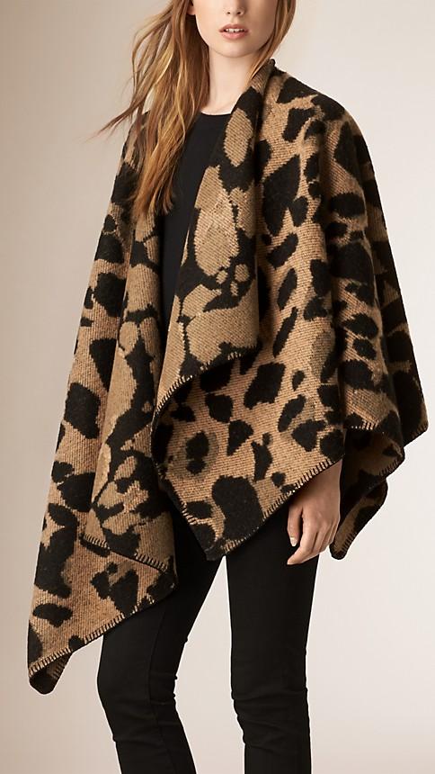 Camel Animal Pattern Wool Cashmere Poncho - Image 1