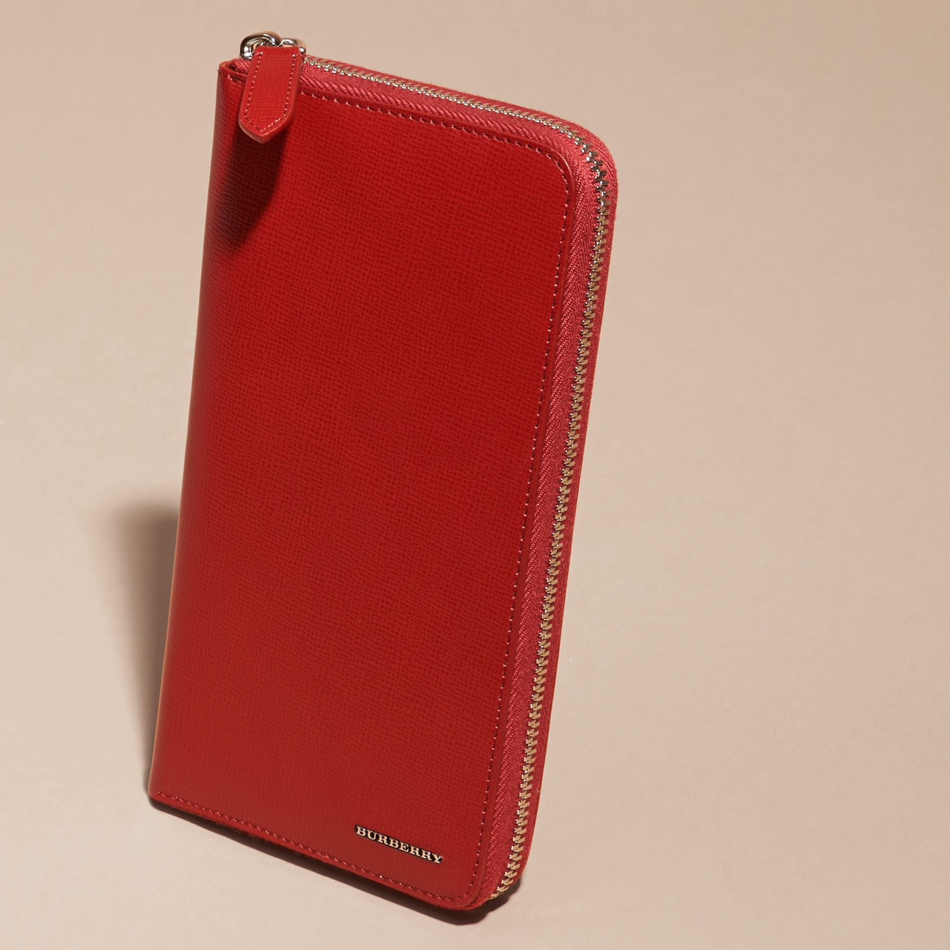 Dark military red London Leather Ziparound Wallet - gallery image 3