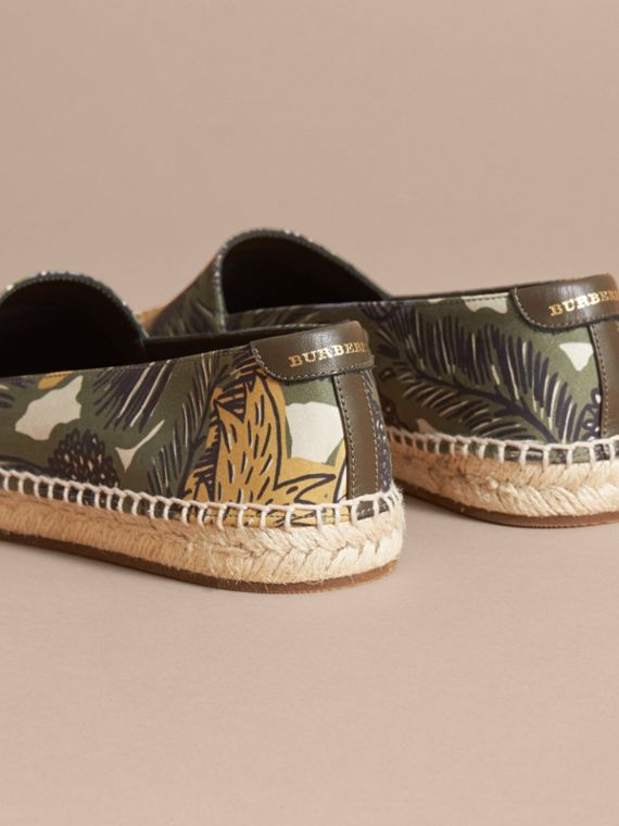 Beasts Print Cotton Blend Espadrilles in Clay Green - Women | Burberry United Kingdom - cell image 3