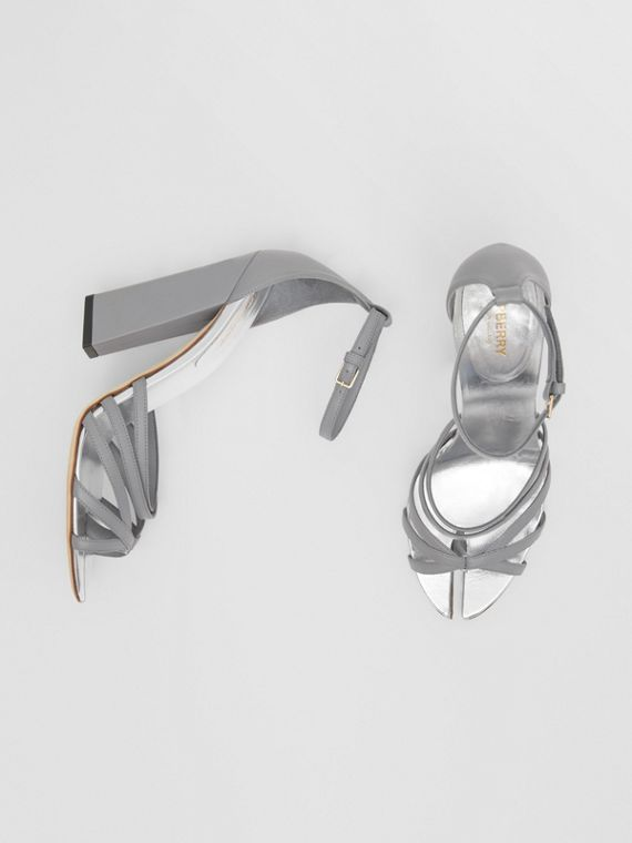Split-toe Detail Leather Sandals in Cloud Grey